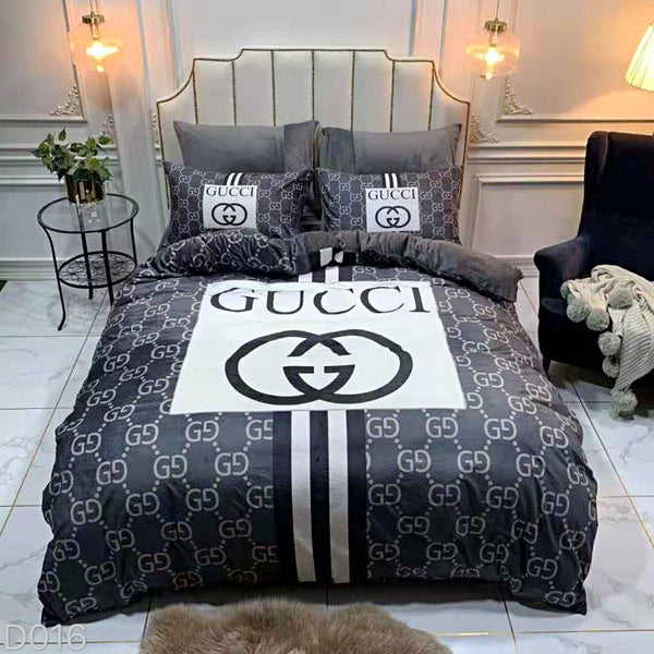 King size Gucci bedsheet premium quality