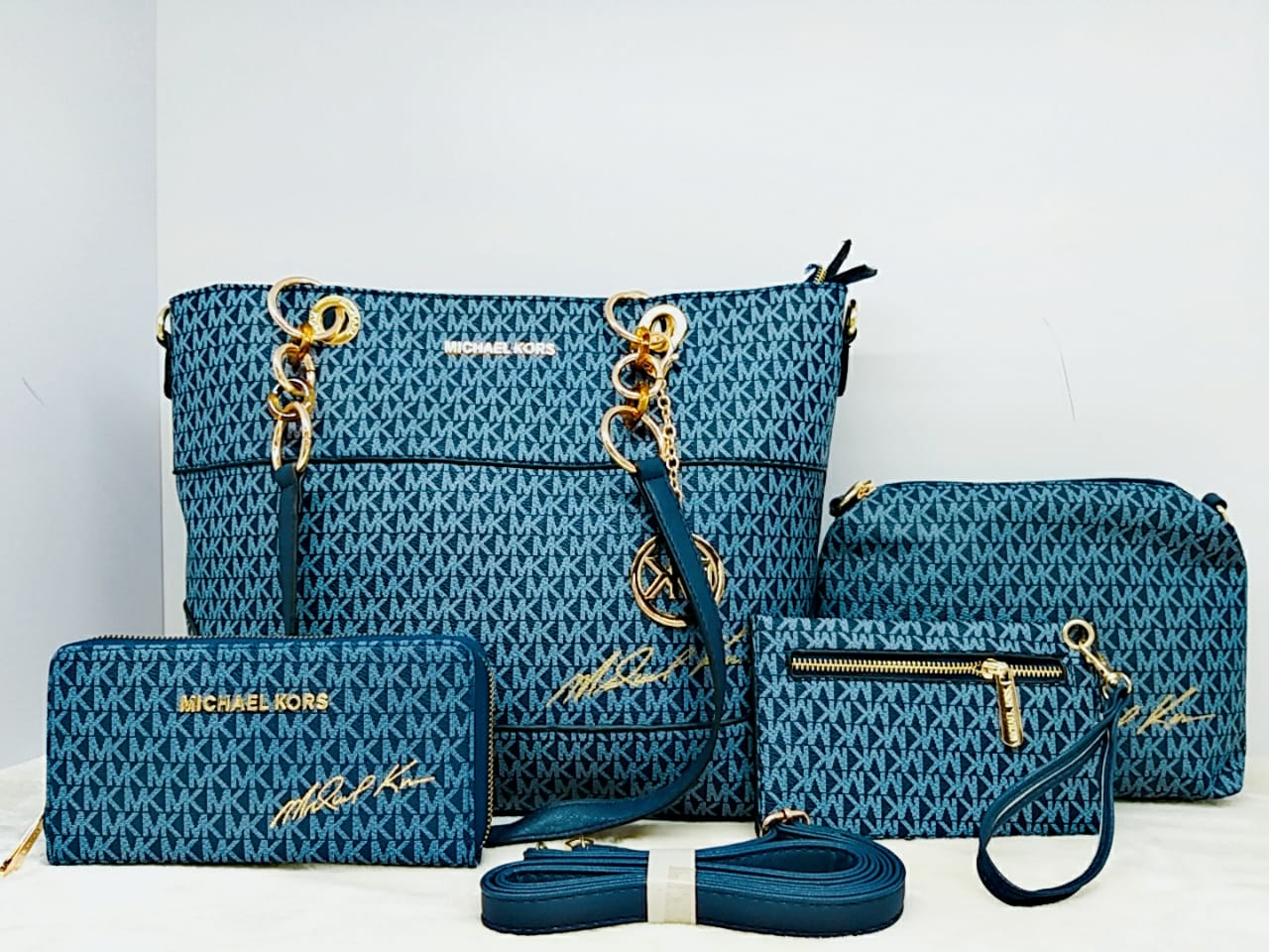 Michael Kors Bags Set - Liquidation Cart