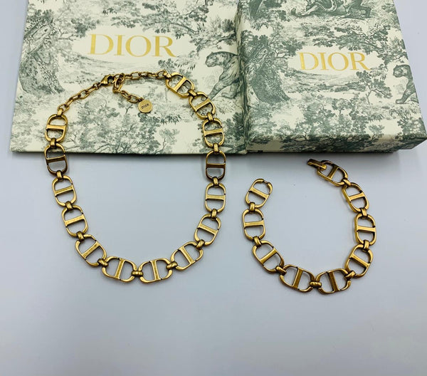 Christian Dior 30 Montaigne Chain Link Choker Necklace and Bracelet with Box, Golden