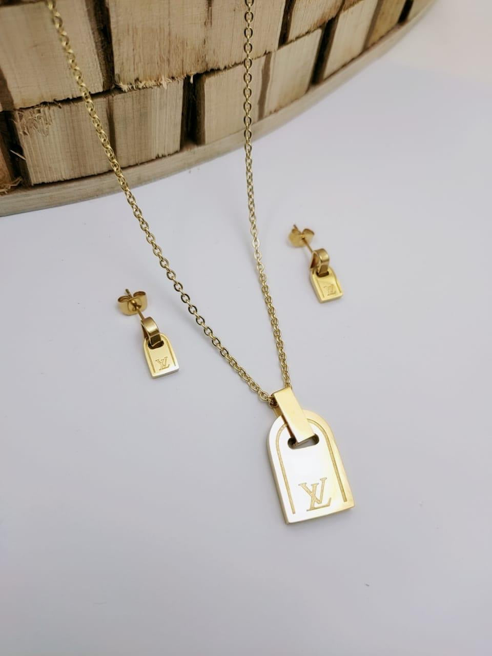 LV Label Shaped Designer Pendant with tops/earrings