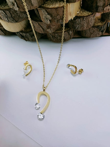 Diamond Pendant Necklace with Tops/Earrings, Gold
