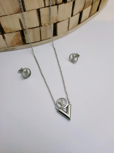 LV Designer V Shaped pendant Necklace with tops/earrings, Silver