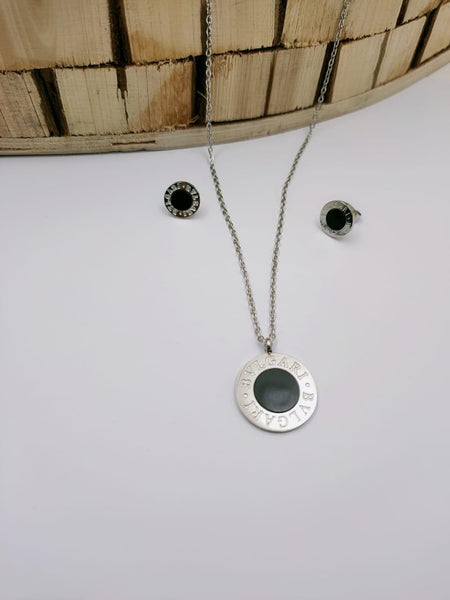 Bvlgari Round Pendant Necklace with Earrings