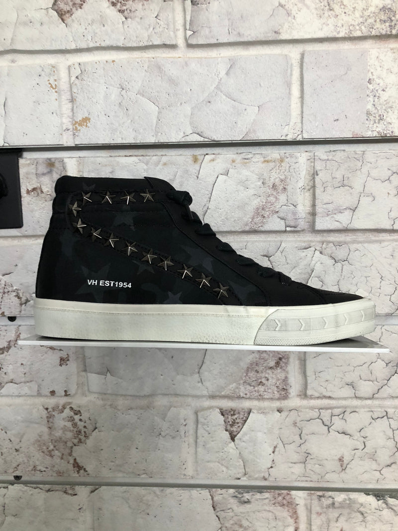 Carbone Black High Top