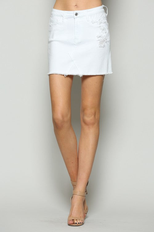 HIGH WAISTED RAW FRAYED HEM SKIRT
