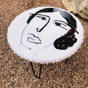 "Pearl Face - 18"" Table"