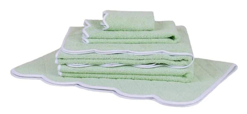 Solid Green/White Scalloped Towels