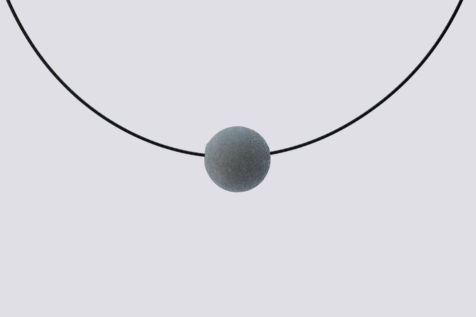 Concrete necklace MIA