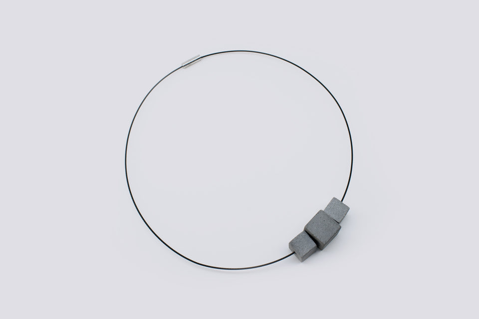 Concrete necklace ARQI