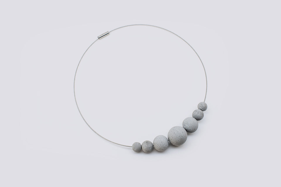 Concrete necklace LACONICA