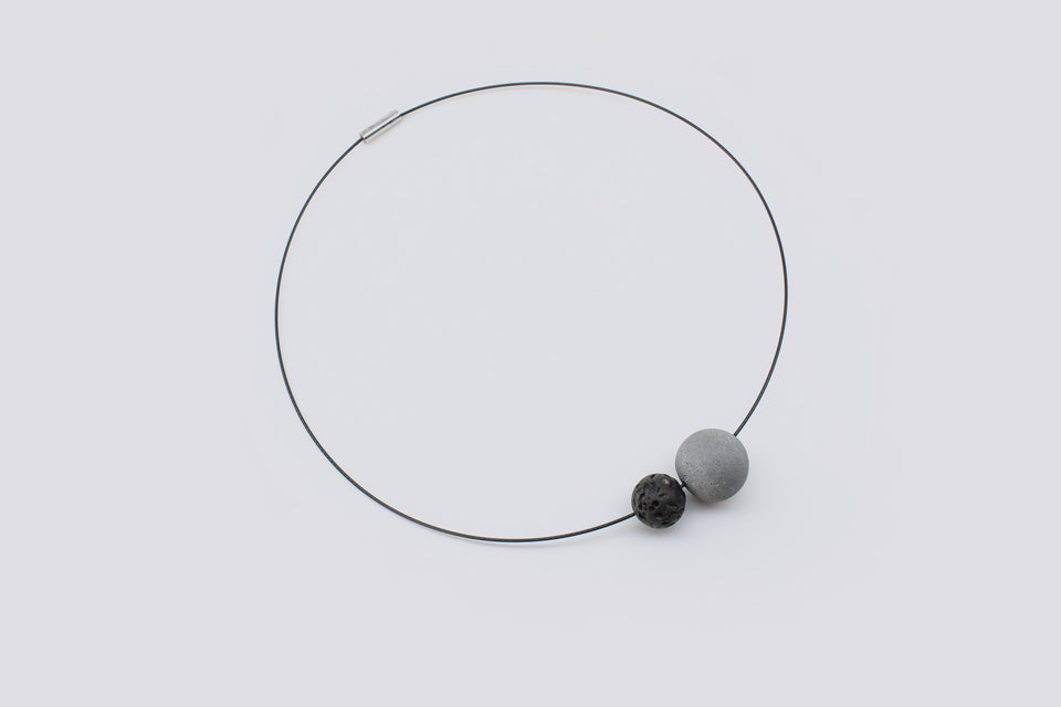 Concrete necklace COSITA