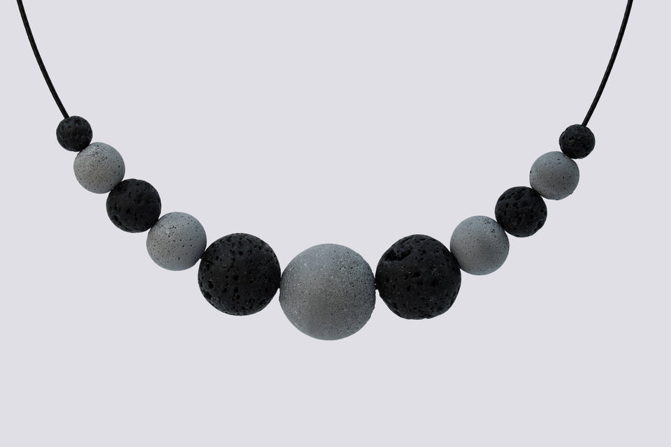Concrete necklace CALMLINE