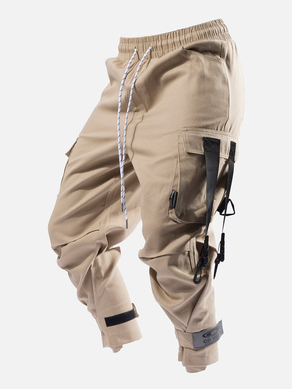 Blacktailor C14 Cargo Pants in khaki color model image 1