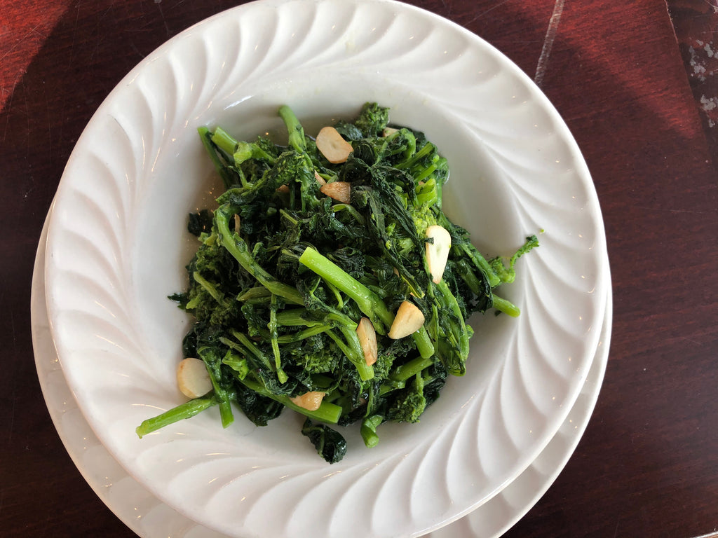 Sautéed Broccoli Rabe and Garlic - Healthy Foodie - Vegan Recipes - ILYNSI Yoga
