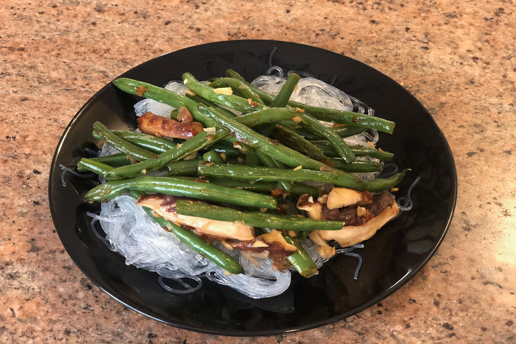 Sautéed Green Beans and Shitake Mushrooms Over Rice Noodles - ILYNSI Yoga - Healthy Foodie