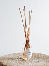 Hobo + Co Reed Diffuser - Fig & Cassis