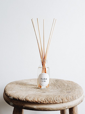 Hobo + Co Reed Diffuser -Oakwood & Tobacco
