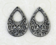 Grey Mother of Pearl Teardrops_Filigree_55x36mm