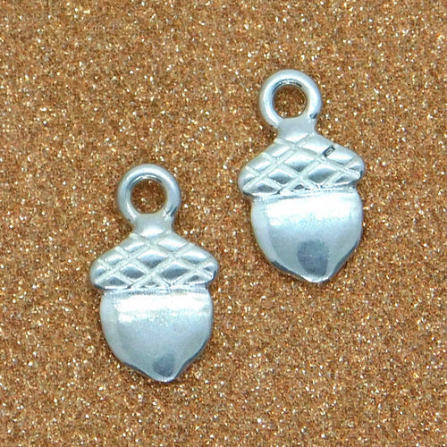 Mini Acorn Charm_STERLING SILVER_9x5.5mm