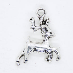 8) 22x16mm Antiqued Silver Reindeer Charms_Pewter