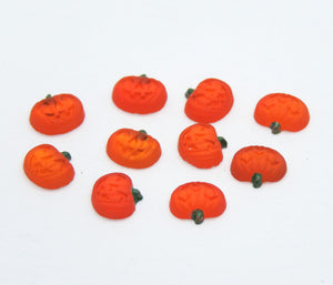 20) 7mm Carved Jack O-Lantern Glass Flatback Cabs