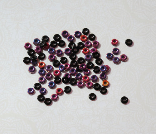 O beads_4x1mm_Jet Sliperit