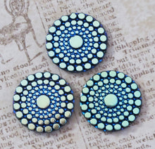 22mm Peacock Green Circles Button-top Cabochon