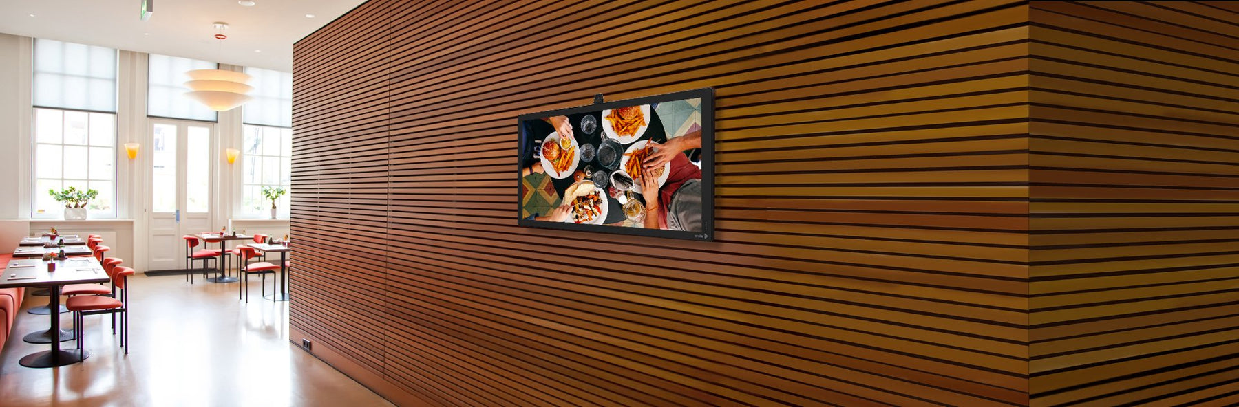 Content Tips to Use Digital Signage in Restaurant