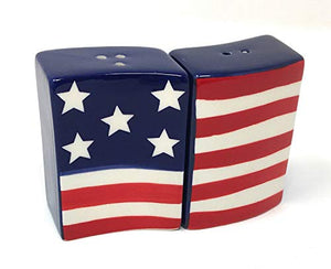American Flag Dishtowels with US Flag Salt and Pepper Shakers