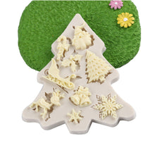 Load image into Gallery viewer, Christmas Sleigh Elk Snowflake Pattern Silicone Mold - Kaya Kitchen