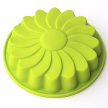 Load image into Gallery viewer, Round Silicone Cake Mold Oven Baking Tools