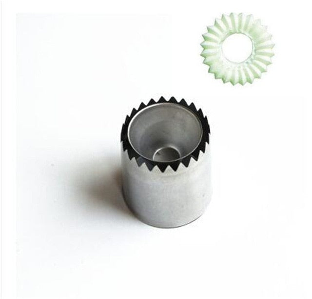 Cake and Pastry Nozzle Ring Decorator - Kaya Kitchen