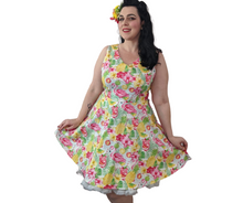 Flamingo Print V Neck Midi 50s Style Dress - Curvique Vintage