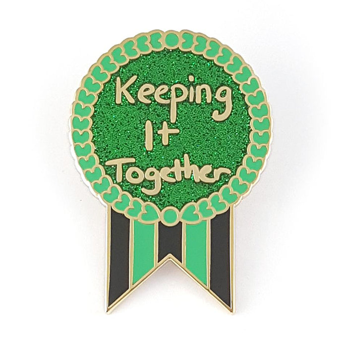KEEPING IT TOGETHER LABEL PIN FROM JUBLY-UMPH - Curvique Vintage