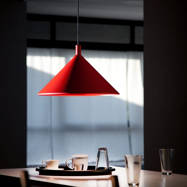martinelli cono hanging lamp - red over dining table | ikonitaly