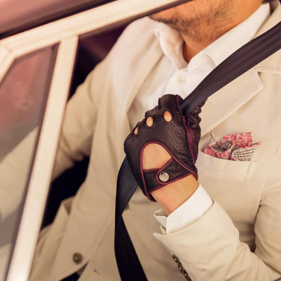 Bordeaux black driving gloves