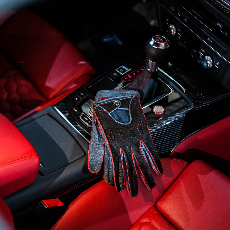 Red leather driving gloves Audi RS6