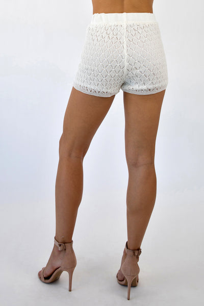 SCALES KNITTED SHORTS - WHITE