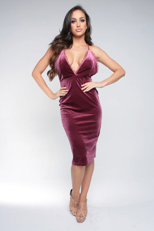 PLUNGE OF LOVE MIDI DRESS - BURGUNDY