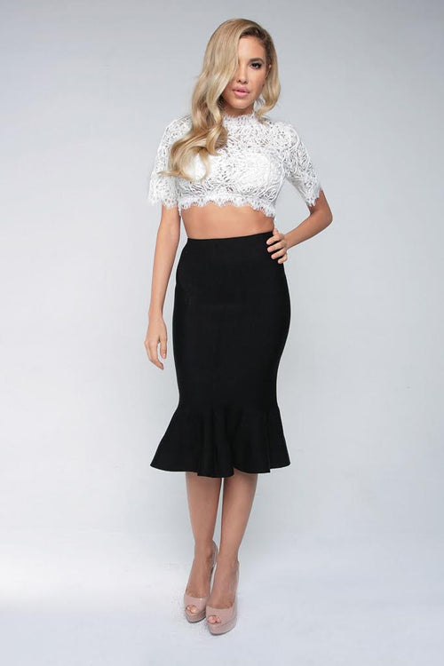 LACE OF LOVE CROP TOP