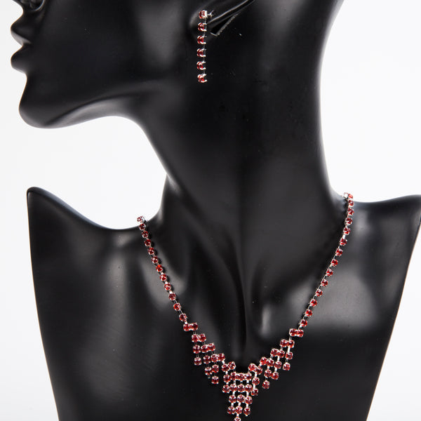ALL GLAMMED UP EARRING AND NECKLACE SET - RED
