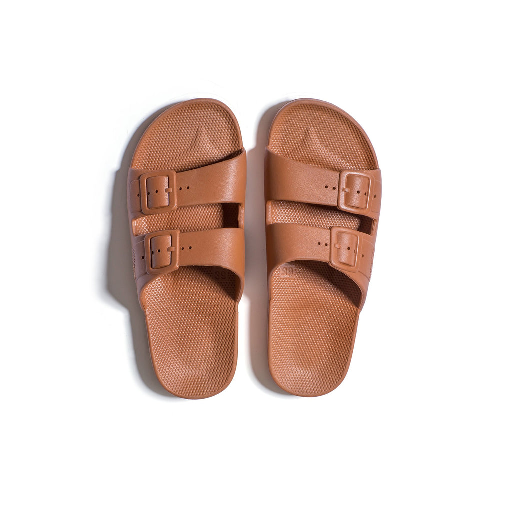 FREEDOM MOSES SLIDES - TOFFEE