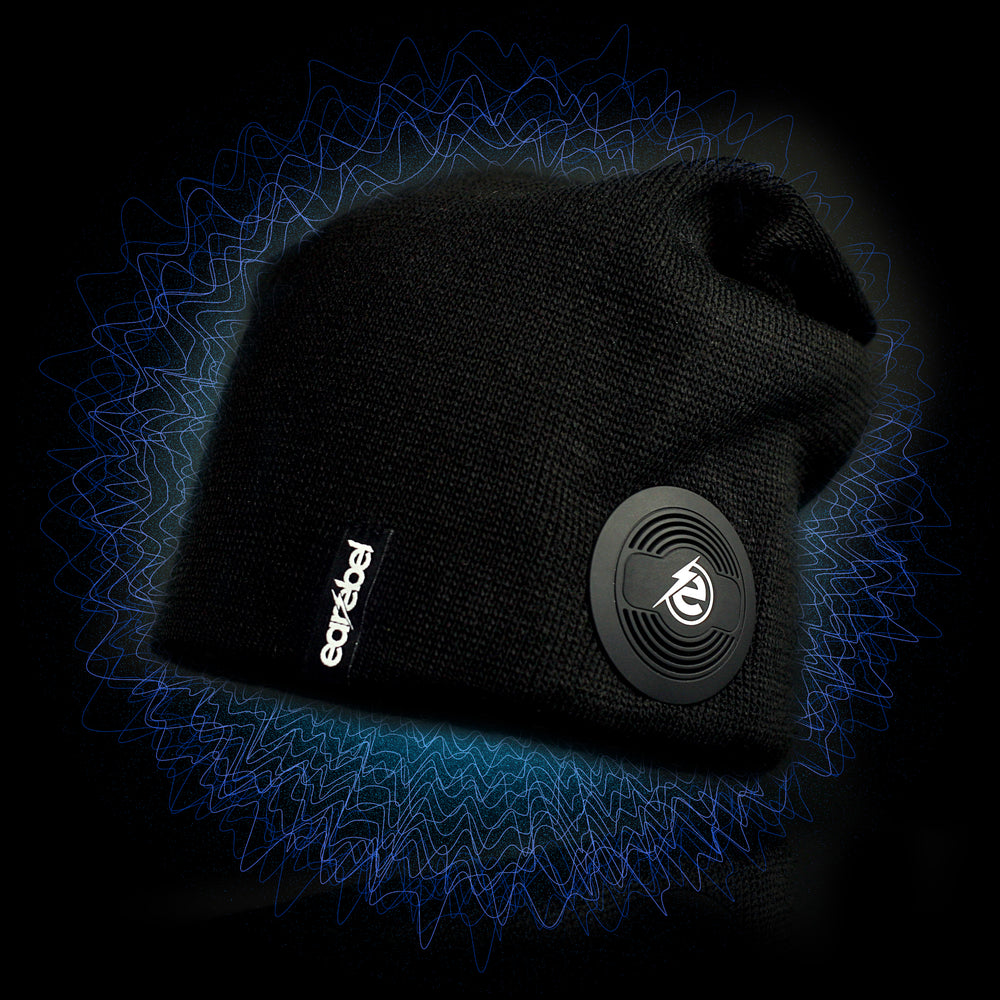 "SLIM BEANIE SET with ""Sound by JBL"""