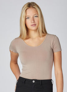 Bamboo One Size Short Sleeve Scoop Neck Tee