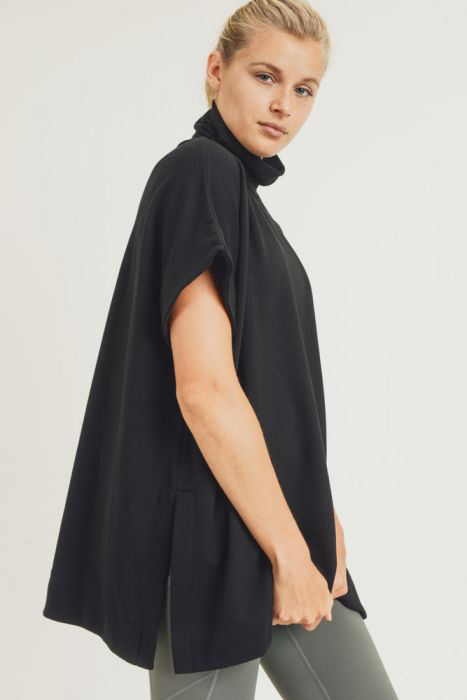 Longline Shortsleeved Turtleneck Pullover
