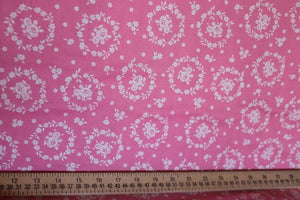 Flower Sugar cotton fabric by Lecien 30367-20 Wreaths on Pink
