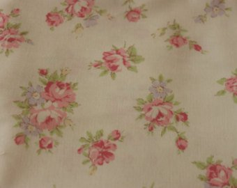 Yuwa cotton fabric  Roses on Cream 826075A
