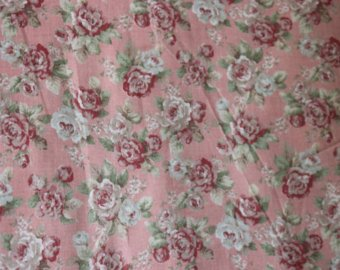 Yuwa cotton fabric  Scattered Roses on Pink YWP816844B