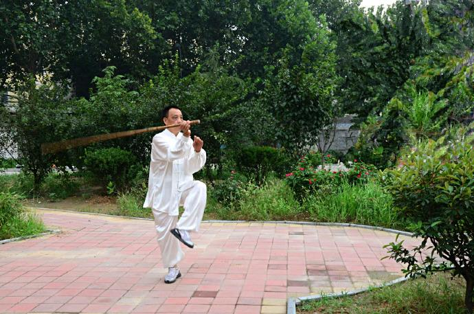 7 Benefits of Tai Chi Stick Practice