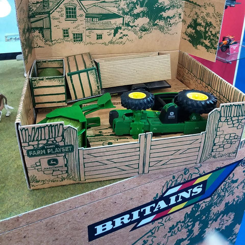 Britains Everyday Farm Playset